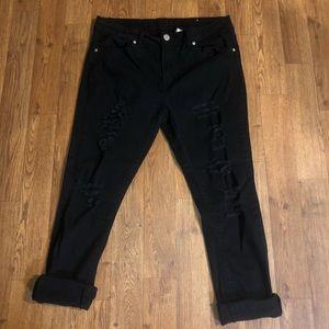 Denim - Juniors black ripped jeans